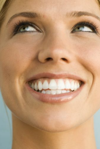 Результат отбеливания зубов в клинике