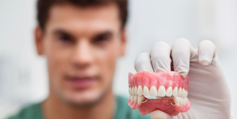 материалы зубных протезов